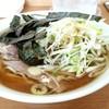 中川家 - 料理写真:チャーシュー麺1050円にネギトッピング50円!