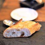Bini - 自家製フレッシュチーズ アルチザナルのバゲット