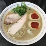 ラーメン あおやま - 鶏白湯(800円)