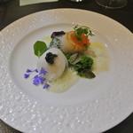 アキヒサ ハンダ - 野付産帆立 毛蟹 菜の花ソース