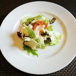 ソラティオ イタリアーノ - ランチのサラダ