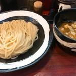 つけ麺 壱翔 - つけ麺・中・ひや盛(730円)