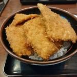 とんかつ政ちゃん - 並かつ丼(4枚)