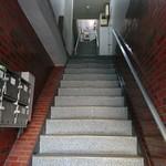ワロスロードカフェ - お店は3階です(18-01)