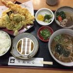 鶴林古 - 天ぷら定食そば付(1400円)