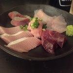 79719469 - 海鮮丼のアタマ