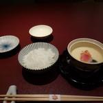 人形町 今半 東京ガーデンテラス紀尾井町店 - 茶碗蒸しと白いご飯・その2です。