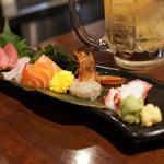 立呑み 魚椿 - 刺身5種盛り