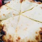 チャンダニ - ナンは安定のチーズナン