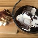 Creativo Cafe Italiano unotto - アイスコーヒーにティラミス(´ω`(´ω`)