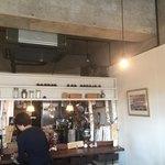 cafe Clematis - キッチン方向