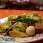三和楼 - 野菜炒めアップ