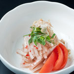 千房 - 梅風味のドレッシングがさっぱりと 大根サラダ