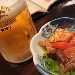 あかとら - 料理写真:お通しと生ビール