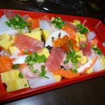 京樽 - 海鮮ちらし735円