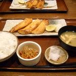 7974834 - 鮭ハラス醤油焼き定食