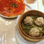 南国亭 - カニ玉と小龍包