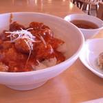 四川亭 - 鶏チリソース丼