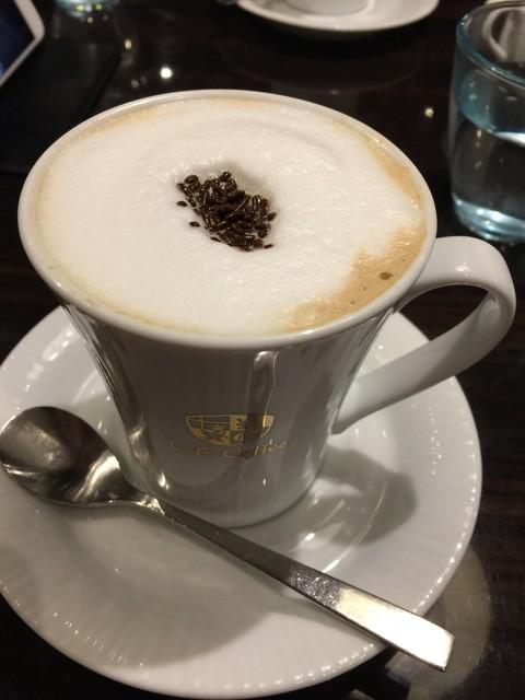 オスロ コーヒー 麻布十番店 - ロイヤルカフェオレ