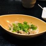 沖縄料理 ダルマ - ミミガーサラダ¥500