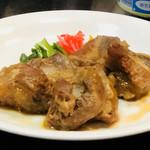 沖縄料理 ダルマ - 豚バラ軟骨煮¥650