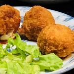 沖縄料理 ダルマ - タコスボール¥500