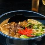 沖縄料理 ダルマ - ソーキそば¥700