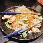 手羽一郎 - 鶏ハムのサラダ