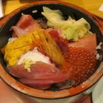 鮨政 - ・「北海丼(\1200)」のアップ。