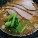 杉田家 - チャーシュー麺