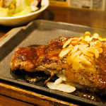 いきなり!ステーキ - 料理写真:国産牛サーロインステーキ(200g) 2,000円 ライス&スモールサラダセット 350円