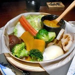 79757785 - 蒸し野菜 カニのバーニャ