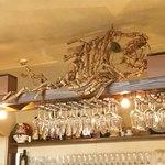 エ・ヴィータ - 魚のオブジェもありました【内観】