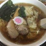 手打中華 もめん - 雲呑麺(800円)
