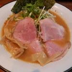 麺屋ほぃ - 鶏白湯ラーメン