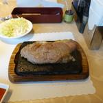 目黒deステーキ - サーロインステーキ150g(1,600円)