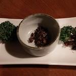 Shinzan - 蜂の子とイナゴとワカサギの甘露煮