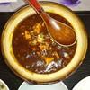 美味家 - 料理写真:土鍋で供される麻婆豆腐