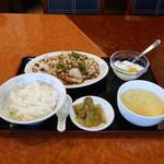 生味園 - イカの中国黒豆みそ炒め定食
