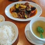 彩雲瑞 - 牛肉と野菜の甘辛炒め