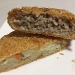 肉の木村屋 - 料理写真:上メンチカツ、下手作りコロッケ
