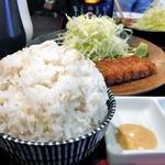 新潟牛華堂 - 麦飯(大盛)