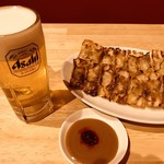 神戸餃子 樂 - ビールと餃子