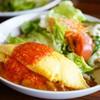 グリル チンチン - 料理写真:オムカレーライスランチ (サラダ付き) (¥1,000)