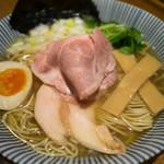 寿製麺 よしかわ - 煮干しそば 白醤油