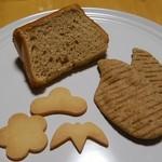 うさぎとみかん - 料理写真:松竹梅クッキー、シフォンケーキ、米糠クラッカー
