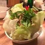 タイ食堂 バーン・メイ - ガイタクライ