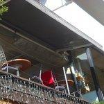 グローブカフェ - 外からみたテラス席