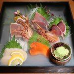 魚沼の恵をあなたへ 八海山バル - 鮮魚宝石箱