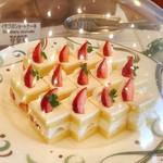 79802520 - イチゴのショートケーキ